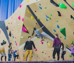 На «АВТОТОР-Арене» открылся скалодром международного уровня