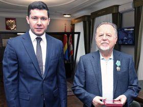 Губернатор Калининградской области вручил основателю АВТОТОР Орден Дружбы