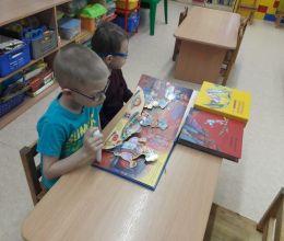 АВТОТОР передал развивающие книги для слабовидящих детей детскому саду № 113 Калининграда