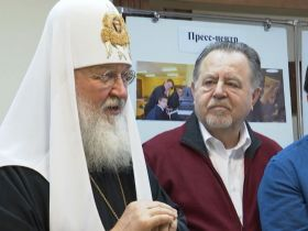 Патриарх Кирилл посетил православную гимназию Калининграда
